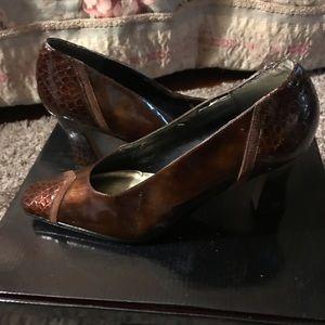 Women's J. Renee Brown Bronze Shoes 9.5